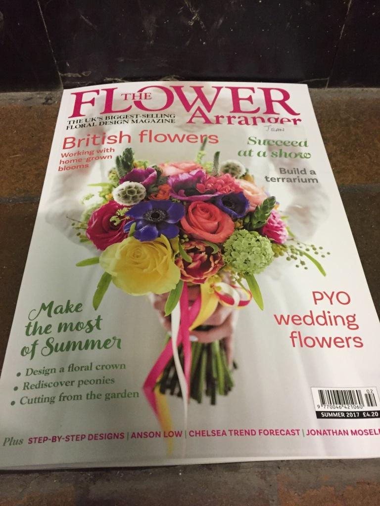 The Flower Arrangersummer Edition Neilbainfloristry